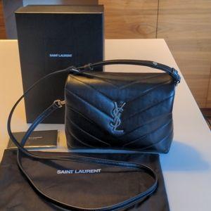 Saint Laurent Toy Loulou black leather